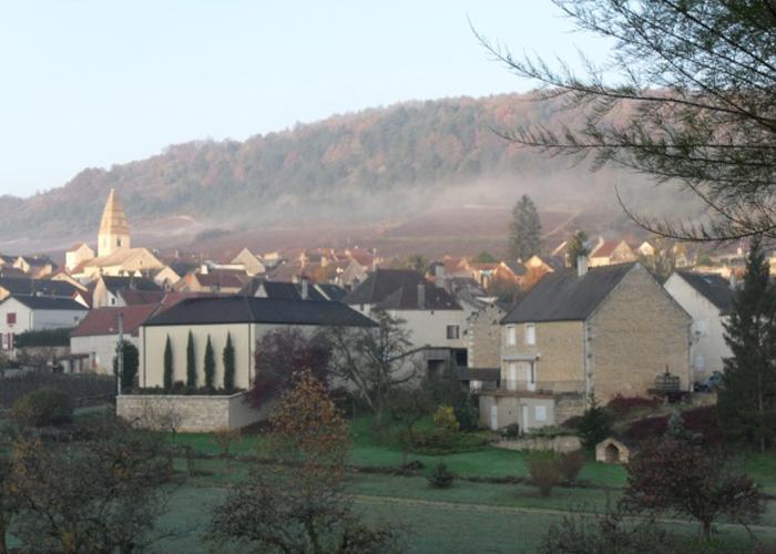 burgundy-town