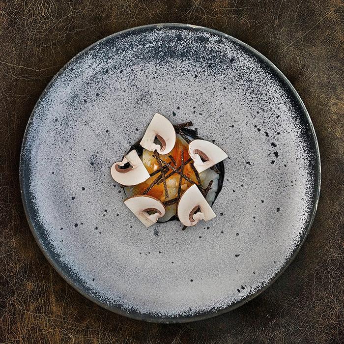 Raw Orkney scallop, hazelnut, clementine and autumn truffle