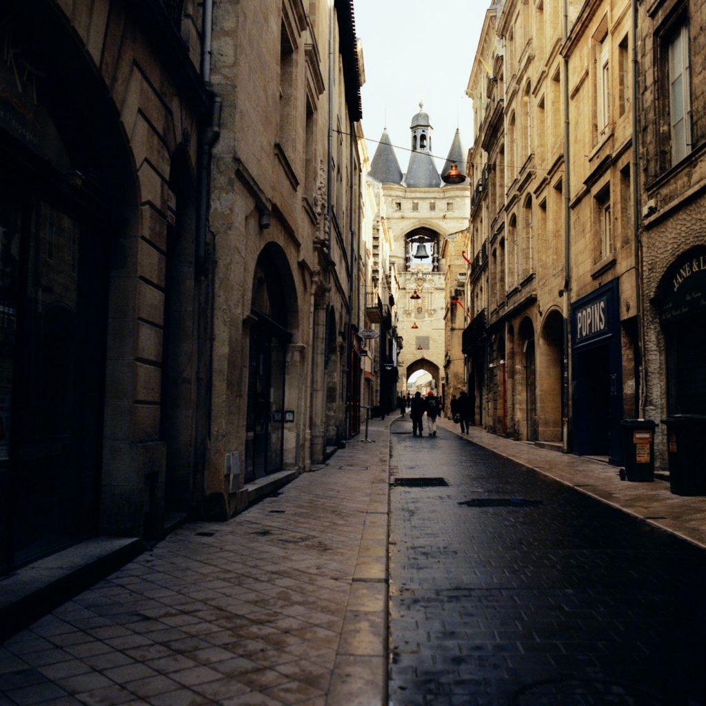 Bordeaux city streets, photographed by Jason Lowe